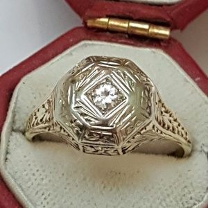 Jewelry - Art deco 14k 2-tone gold filigree diamond ring